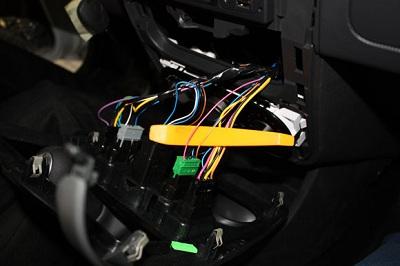 Монтаж сигнализации на Lada Largus